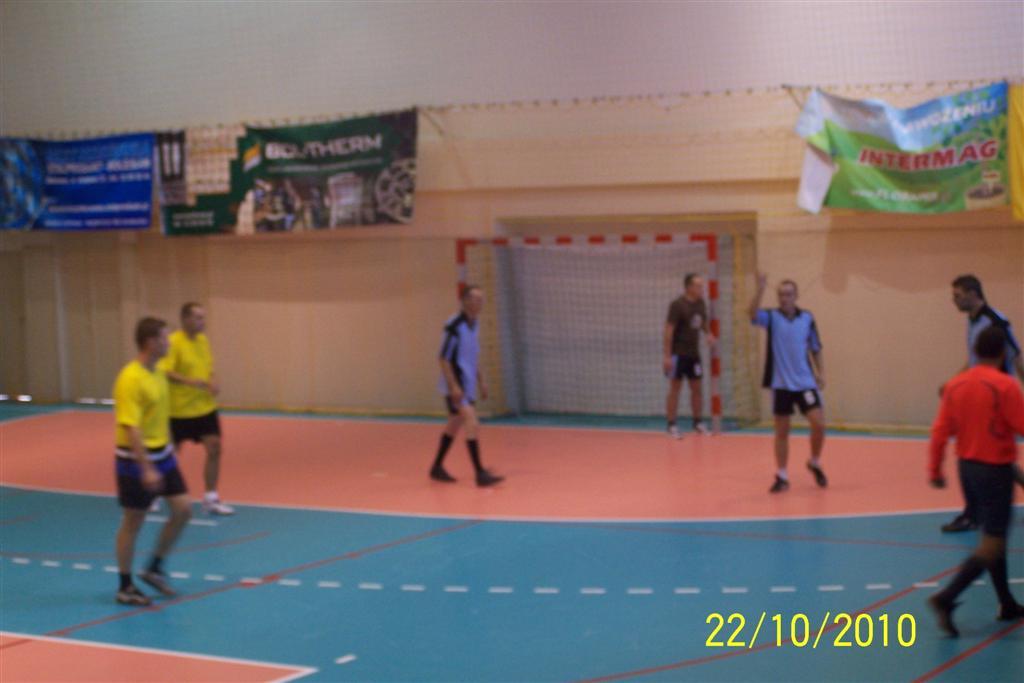 halowy-turniej-pilki-noznej-2010-034