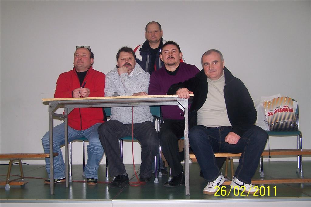 halowy-turniej-pilki-noznej-2011-040-large