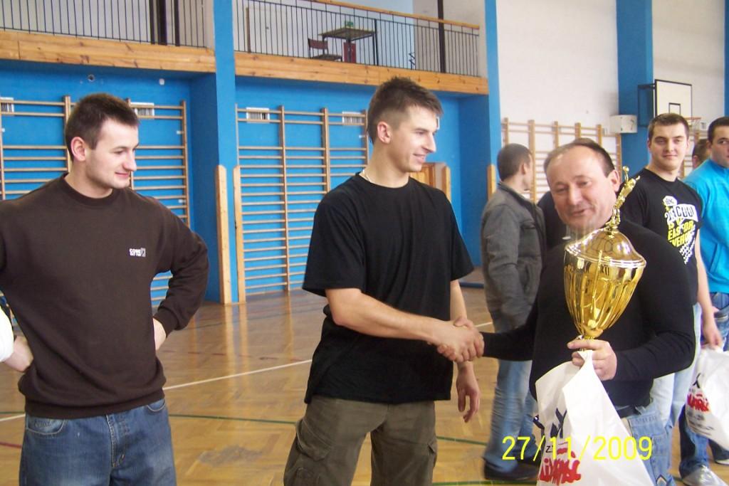siatka-2009-058
